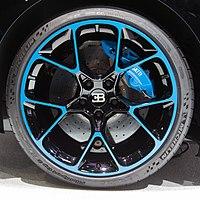 Bugatti Chiron 0-400-0 tire IMG 0726.jpg