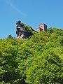 Burg Trifels von unten.jpg