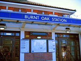 Burnt oak tube station entrance jan 07.jpg