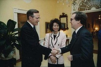 Elaine Chao - Chao with George H. W. Bush and Mitch McConnell in 1991