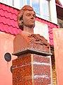 Bust of Klavdiya Shulzhenko in Kharkiv 2.jpg