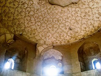 Tomb of Asif Khan - Some plasterwork still survives on the dome's underside