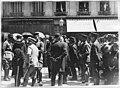 Cérémonie en l'honneur de Rochambeau, officiers français et américains, et personnages officiels dans les rues - Vendôme - Médiathèque de l'architecture et du patrimoine - APD0005473.jpg
