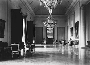 Bogor Palace - Interior of the palace in 1921.