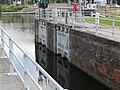 Canal Nieuwpoort-Duinkerke tidal lock Veurne 20030621-002.jpg