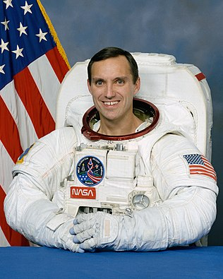 Carl E. Walz American astronaut