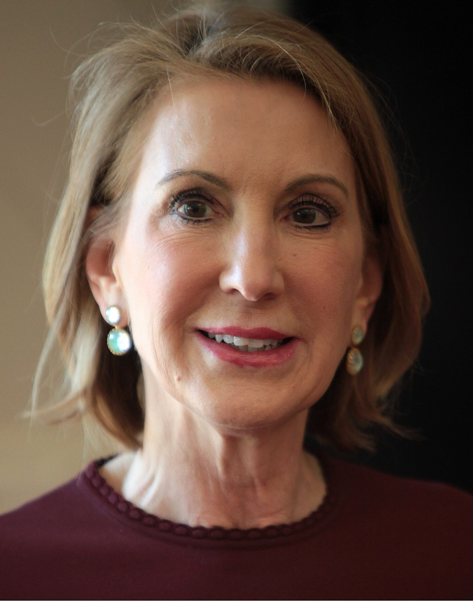 Carly Fiorina (16991338093) (cropped)
