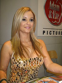 Carmen Luvana på AVN Adult Entertainment Expo 2008.