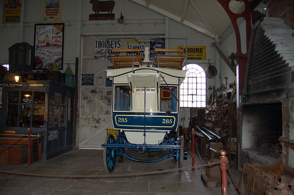 File:Carriage House interior, Beamish Museum, 11 September ...
