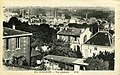 Carte postale - 314 - SURESNES - Vue générale (maison à pans de bois = 16 rue des Carrières ; cheminées d'usine en arrière plan) - Recto.jpg