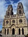 Cathédrale Sainte-Croix Orléans façade2.JPG