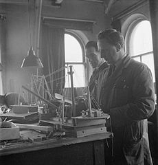 Cecil Beaton Photographs- Tyneside Shipyards, 1943 DB15.jpg