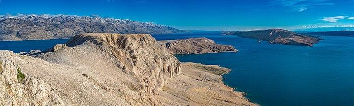 Central-eastern part of Pag (1).jpg