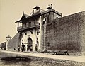 Central Jail gate, Junagadh.jpg