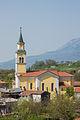 Cerkev sv. Primoža in Felicijana - Vrhpolje (stranski pogled).jpg