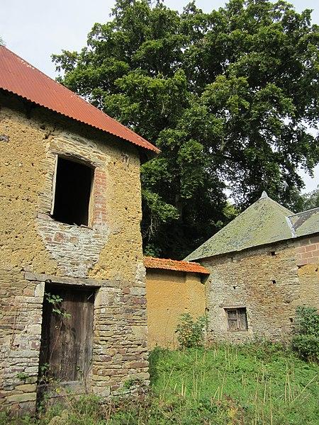 Château de fr:Carantilly