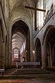 Chœur et nef de l'église Saint-Malo, Dinan, France.jpg