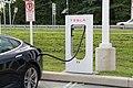 Charging Tesla Model S 01.jpg