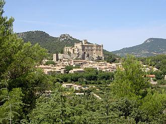Le Barroux - Castle and village of Le Barroux