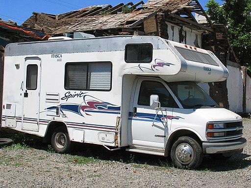 Chevrolet 3500 Itasca Spirit Motorhome (14913427589)