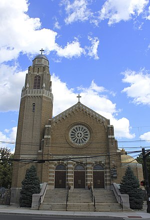Holy Name of Jesus Parish (Stamford, Connecticut) - Image: Church of the Holy Name front view