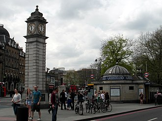 Clapham - Image: Clapham Common Station (8714314415)