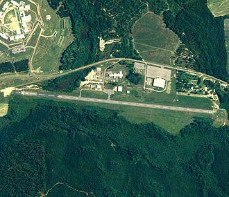 Clayton Municipal Airport (Alabama) - NAIP aerial image, 30 June 2006
