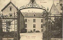 mas de la chapelle interview proprietaire. La Cour Du Château Au Début XXème Mas De Chapelle Interview Proprietaire R