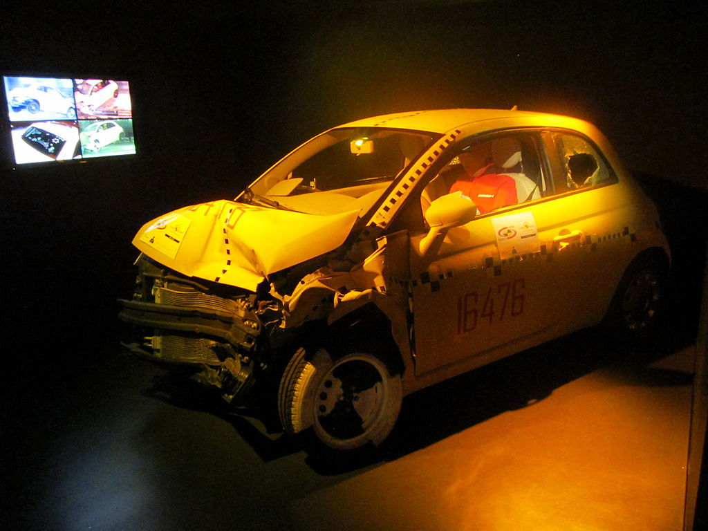 archivo crash test fiat 500 museo automobile torino wikipedia la enciclopedia libre. Black Bedroom Furniture Sets. Home Design Ideas