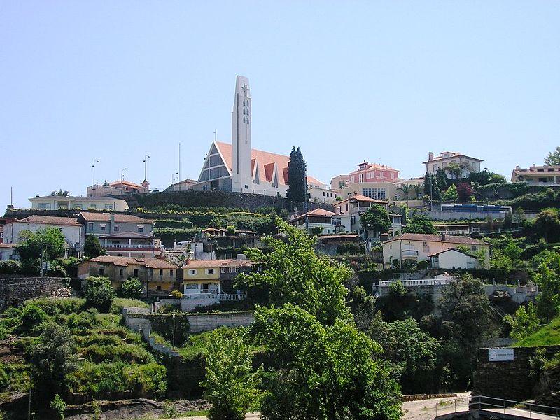 Imagem:Crestuma (Vila Nova de Gaia).JPG