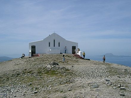 Saint Patrick's Oratory at the top of Croagh Patrick, County Mayo Croagh Patrick - geograph.org.uk - 186660.jpg