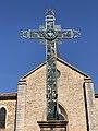 Croix Place Église Cormoranche Saône 1.jpg