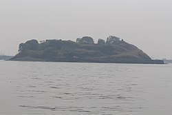 Cross Island, Mumbai 01.jpg