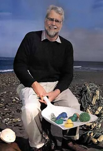 Friendly Floatees - Oceanographer Curtis Ebbesmeyer with flotsam (including some Friendly Floatees) that he observes to monitor ocean currents.