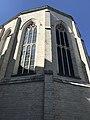 Détail extérieur de l'abside de l'église Saint Boniface d'Ixelles.jpg