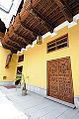DETALLES DE LOS BALCONES INTERNOS DEL PALACIO DE TORRE TAGLE (4601618407).jpg