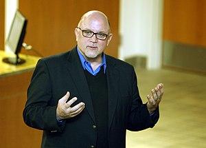 Dean Richards (reporter) - Richards in 2012