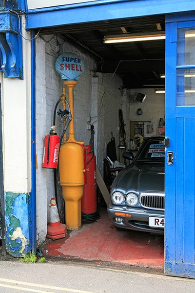 File:Detail of Canfords Garage, Hightown Road, Ringwood - geograph.org.uk - 173875.jpg