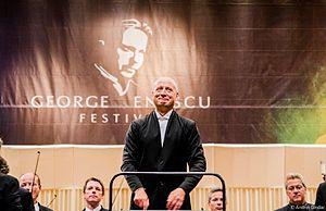 George Enescu Festival - Dirijorul Paavo Järvi pe scena Sălii Palatului din București, în cadrul ediției 2013 a Festivalului Enescu