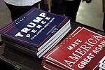 Donald Trump signs (30123014595).jpg