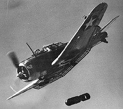Douglas SBD Dauntless dropping a bomb, circa in 1942.jpg