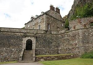 Dumbarton Castle 20090607 south entrance.jpg