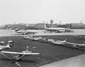 ETH-BIB-Diverse Kleinflugzeuge am Boden in Zürich-Kloten-LBS H1-027160.tif
