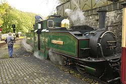 Earl of Merioneth at Tan-y-Bwlch railway station (8190).jpg