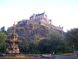 Edinburgh Castle From Princes Street Garden 001.jpg