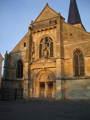 Belloy, Oise - Image: Eglise belloy portail ouest