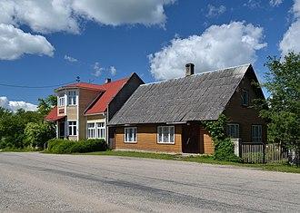 Puka, Estonia - Image: Elamu Pukas Kesk 6