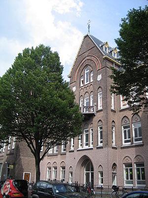 Leo van der Laan - Image: Elisabeth ziekenhuis, Leiden. Architect Leo van der Laan (4)