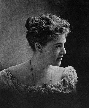 English: Photograph of American writer Ella Wh...