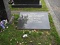 Ensio Siilasvuo grave 20080716.jpg